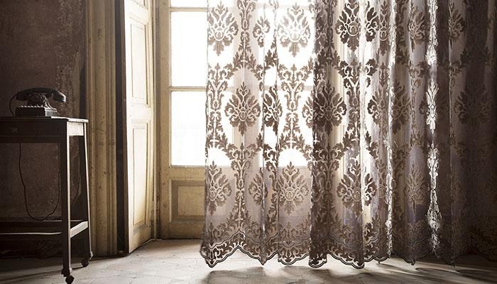 Fischbacher_Fabrics_Versailles_700x400