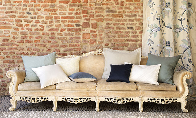 3. Fischbacher_sofa